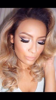 Love all desi Perkins makeup! Love this glitter eye shadow very glam