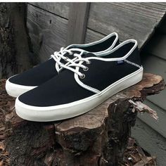 7a4d9de4f43aa5 Into the Groove  The Vans Surf Tazie SF in Black Antique White. pAmL ·  Tennis Shoes