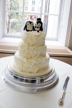 Penguin wedding cake topper. RSA House wedding. Darren Foard photography RSA House  London Wedding