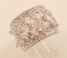 Ladies Russian Formula Clear CZ Silver Cocktail Ring ~Size 5 Free Gift Box
