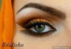 Арабский макияж в оранжевых тонах