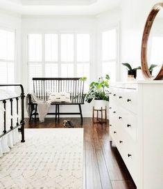 I love this interior design! It's a great idea for home decor. Home design. Decor, House Styles, House Design, Bedroom Inspirations, Bedroom Styles, Home, Room, Home Bedroom, Home Decor Inspiration