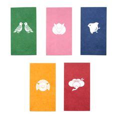 家紋ぽち袋 Japanese Colors, Japanese Modern, Japanese Patterns, Japanese Design, Paper Design, Design Art, Graphic Design, Japanese Family Crest, Japanese Packaging