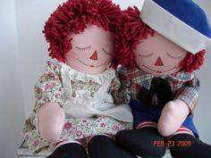 Sleepy faces by Joan Oest