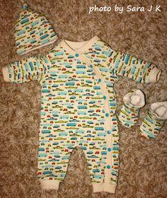 Baby Jumper Free Jamie Jumper tutorial & pattern by Fishsticks Designs. Free Sew Darling Mini Mocs tutorial & pattern by Darling Diapers.