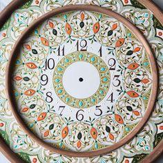 Anastasia Ropalo clock artwork