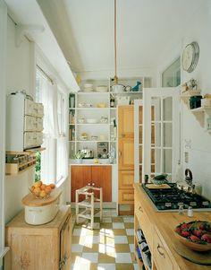 cute simple kitchen (via interior inspirations)