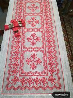 Bohemian Rug, Rugs, Crochet, Home Decor, Punto De Cruz, Dots, Farmhouse Rugs, Decoration Home, Room Decor