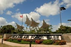 Hickam AFB, HI - Base and Community Information Want to go! Air Force Bases, Us Air Force, Hawaii Vacation, Hawaii Travel, Oh The Places You'll Go, Places Ive Been, Uss Arizona Memorial, Military Brat, Aim High