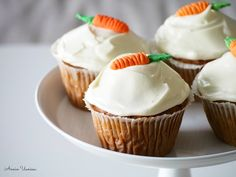 Finnish Recipes, Yams, Muffins, Bakery, Food And Drink, Birthday Parties, Cupcakes, Sweets, Breakfast