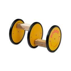 Los pédalos son unos juegos para hacer equilibrio. Pones un pie en cada pedal y comienzas a rodar. Tanto si te gusta el circo como si quieres una nueva forma muy divertida de hacer deporte, puedes elegir el dispositivo de equilibrio que más se adapte a tus necesidades, desde iniciación a avanzado ¡Visítanos en nuestra tienda http://www.juegosmalabares.com/equilibrio-c-52.html! #malabares #circo #tienda