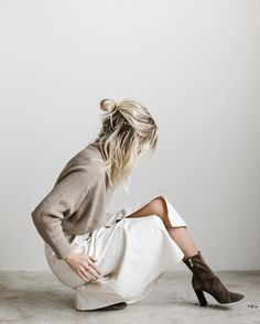 Start Spring In Style With This Neutral Outfit Idea (Le Fashion), Spring Outfits, Start Spring In Style With This Neutral Outfit Idea. Beige Outfit, Neutral Outfit, Neutral Style, Look Fashion, Womens Fashion, Fashion Tips, Fashion Trends, Fall Fashion, Fashion Styles