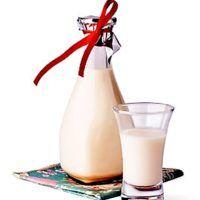 Recept : Vanilkový koňak   ReceptyOnLine.cz - kuchařka, recepty a inspirace Glass Of Milk, Drinks, Food, Drinking, Beverages, Essen, Drink, Meals, Yemek