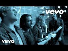 A best of : Vidéo  Backstreet Boys  Shape Of My Heart http://rarme.com/?F9gZi