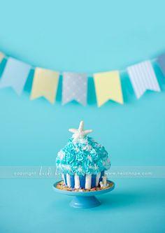 Beach style cake for a cake smash