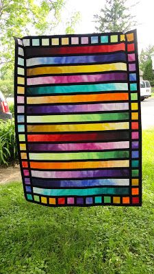 Quilt Matters: From Light to Dark And Back Again - Bloggers' Quilt Festival
