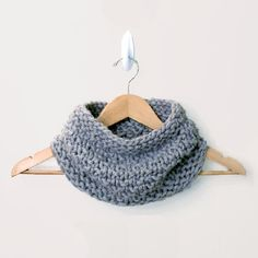 A knitting pattern for a warm and chunky cowl. Thanks so xox