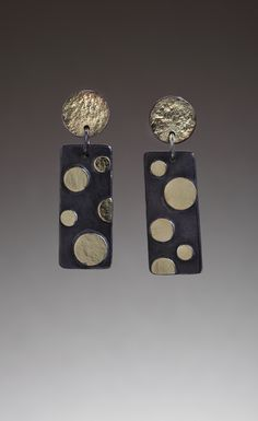 Dot Dot Dash earrings by Judy Morgan @ www.jheatherdesigns.com photo by Doug Yaple