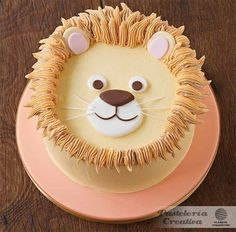 King of jungle cake Cake Decorating Techniques, Cake Decorating Tips, Lion Cakes, Character Cakes, Novelty Cakes, Cute Cakes, Creative Cakes, Themed Cakes, Sweets