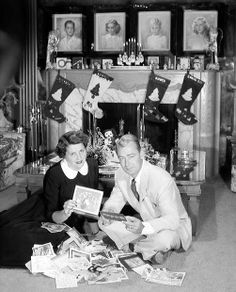 Alan Ladd and wife (and agent) Sue Carroll enjoy the many Christmas cards they receive Christmas Scenes, Christmas Past, Christmas Music, Retro Christmas, Christmas Shopping, Christmas Stars, Xmas, Hollywood Couples, Old Hollywood Stars