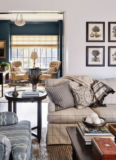 Pattern And Light Take A Traditional Austin Home From Dated To Bright - Luxe Interiors + Design Living Area, Living Room Decor, Living Spaces, Living Rooms, Austin Homes, Austin Texas, Classic Interior, White Houses, Traditional House