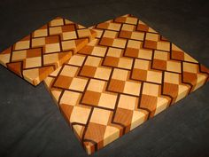 Lumberjocks inspired cutting boards Thanks! End Grain Cutting Board, Diy Cutting Board, Wood Cutting Boards, Butcher Block Cutting Board, Butcher Blocks, Woodworking Guide, Woodworking Workshop, Custom Woodworking, Woodworking Projects Plans