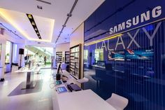 MOBILE STORES! Samsung Experience store, Budapest – Hungary »  Retail Design Blog