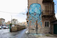 """""""La Piovra"""" - uno dei lavori realizzati da Ema Jons con i bambini del quartiere Borgo Vecchio, 2014, Palermo, Sicilia"""