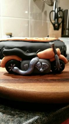 Motorcycle of fondant