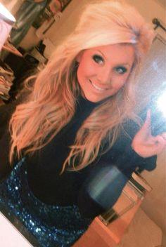<3 big teased hair!