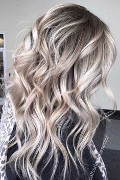 Ash Toned Blonde Balayage For A Gorgeous Hair Transformation So beautiful blonde hair balayage Blonde Wig, Blonde Balayage, Bayalage, Medium Ash Blonde Hair, Icy Blonde, Short Blonde, Brown Hair, Golden Hair Color, Hair Colour
