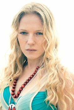 Check out production photos, hot pictures, movie images of Emma Bell and more from Rotten Tomatoes' celebrity gallery! Bell Pictures, Rotten Tomatoes, Celebrity Gallery, Beautiful Women, Turquoise, Actresses, Walking Dead, Celebrities, Norman