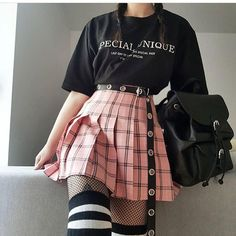 Korean Fashion – How to Dress up Korean Style – Designer Fashion Tips Edgy Outfits, Mode Outfits, Korean Outfits, Grunge Outfits, Grunge Fashion, Girl Outfits, Fashion Outfits, Pastel Goth Outfits, Fashion Ideas