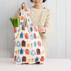 Eco Friendly Bags, Handicraft, Shopping Bag, Diy And Crafts, Sewing Projects, Tote Bag, Fabric, Pattern, Handmade