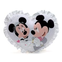 Mickey and Minnie Mouse Wedding Cushion. Great for rings at a disney wedding Mickey And Minnie Wedding, Mickey And Minnie Love, Mickey Minnie Mouse, Disney Mickey, Wedding Pillows, Ring Pillow Wedding, Wallpaper Do Mickey Mouse, Disney Wedding Invitations, Disney Inspired Wedding