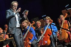 Festival »Geniale« feierlich in der Stadthalle eröffnet – 500 Veranstaltungen +++  »Bielefeld ist jetzt das Zentrum des Wissens«