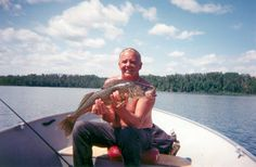 """Bob with his 29 1/2"""" Walleye http://www.ogokifrontier.com/gallery/Big_Fish_Pictures"""