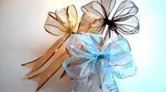 how to create a bow with wired ribbon