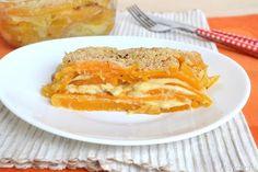La ricetta della parmigiana di zucca risale a questa estate. Nonostante la zucca sia associata all'autunno, qui in Campania la utilizziamo tutto l'anno, poichè coltiviamo un tipo