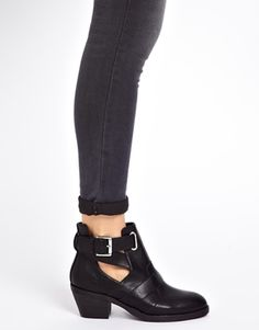 Image 3 ofNew Look Chase Cut Out Heeled Ankle Boots