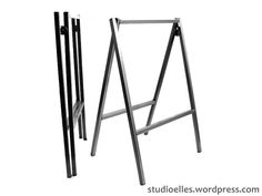 Cavaletes dobráveis em aço para criar mesa