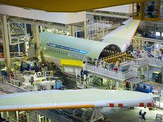 Le premier Airbus A330neo en assemblage final