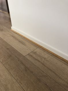 Cat 2 CREAM showing beading Cat 2, Floors, Tile Floor, Beading, Texture, Cream, Crafts, Home Tiles, Surface Finish
