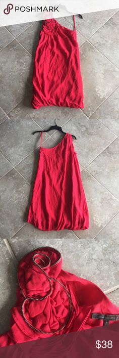 "BCBGMaxAzria red one-shoulder bubble dress, size 0 Excellent condition BCBGMaxAzria one-shoulder red bubble dress with rose design on shoulder. No stains, holes or signs of wear. Size 0. 32"" length. BCBGMaxAzria Dresses One Shoulder"