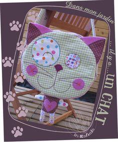 Kitty purse free pattern French