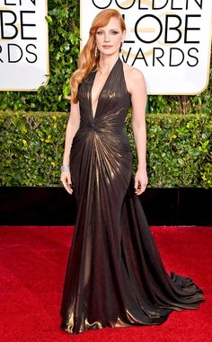 Those curves! Jessica Chastain is a true bombshell in this Atelier Versace gown!