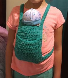 Baby doll carrier FREE crochet pattern by Crochet It Creations Make this adorable crochet doll carrier for the little one in your life. Perfect to keep their hands free and mom's hands free also! Baby Doll Clothes, Crochet Doll Clothes, Doll Clothes Patterns, Crochet Dolls, Crochet For Kids, Easy Crochet, Free Crochet, Crochet Towel, Ravelry Crochet