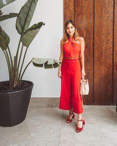 """824d7174a Luisa Accorsi on Instagram  """"all red (and a bit of pink) ❤ look de hoje  para comemorar o ano incrível do  grupoboticario - me sinto muito feliz e  honrada ..."""