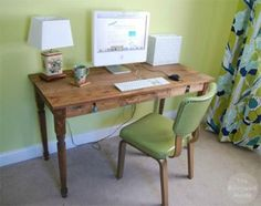 Build A Desk With These Free Plans