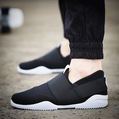 17.33$  Buy now - http://alioco.shopchina.info/go.php?t=32754781049 - Men Casual Shoes Men Shoes spring Flat Shoes 2017 Red Blue Black Casual lace up Breathable men footwear 17.33$ #buychinaproducts